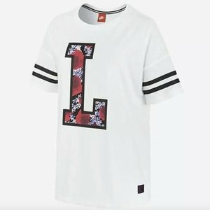 NEW Nike City Tee London QS T-Shirt